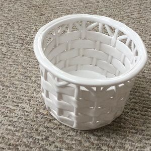 Gorgeous woven ceramic basket/container